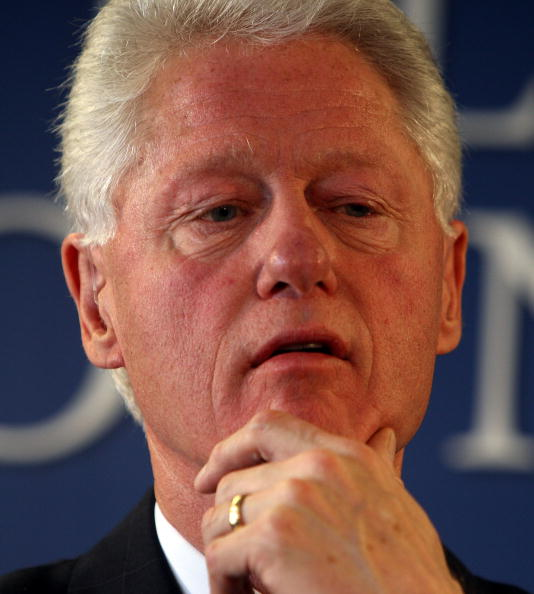 http://cdn.picapp.com/ftp/Images/f/8/5/b/Bill_Clinton_And_08a1.jpg?adImageId=2128040&imageId=5826644