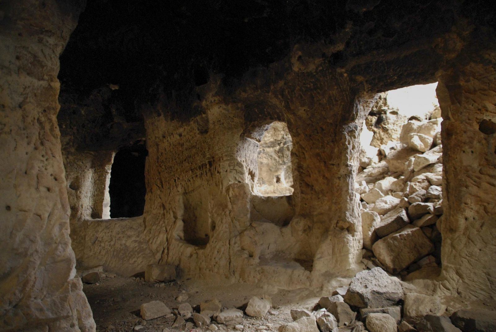 Picture of the underground city in Nevsehir Turkey